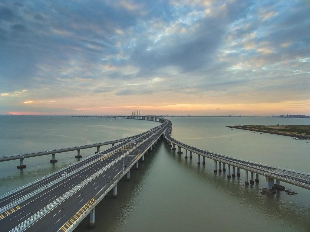 青岛胶洲湾跨海大桥