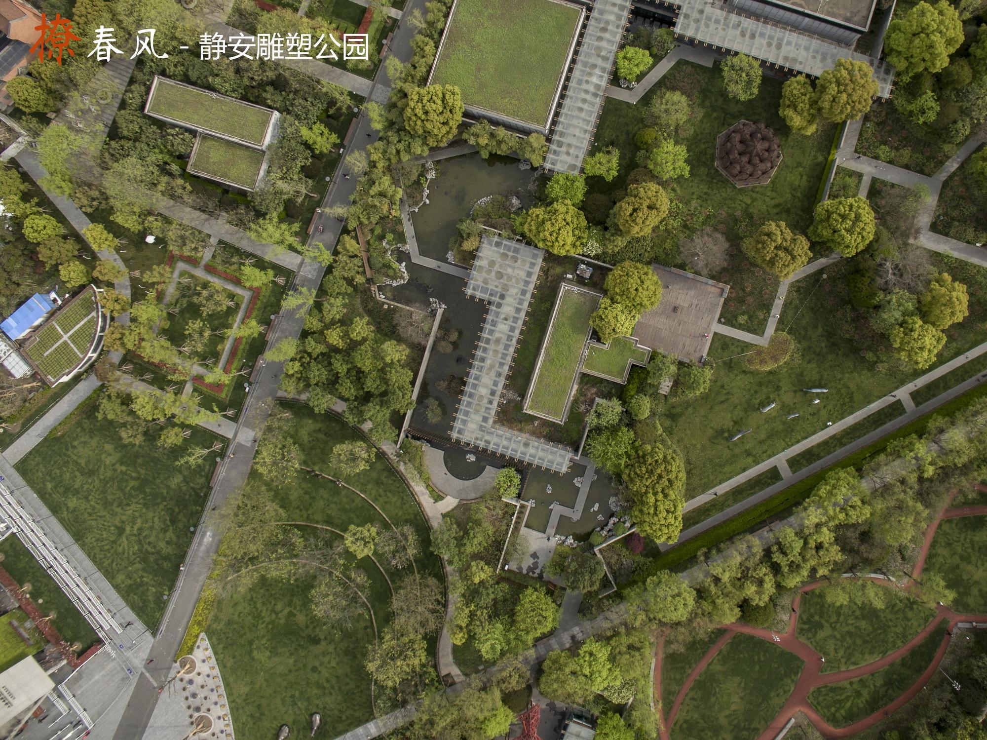 位于上海市中心城区静安区东部,是亚热带季风气候,基地东至成都北路